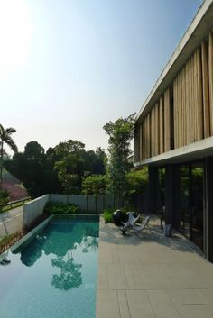 The Bamboo Curtain House in Singapore by Eco-id Architects