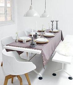 Google Image Result for http://www.vtwonen.nl/wp-content/uploads/imagecache/article-home/2011/10/tafel-aangekleed-met-vtwonen-tafelkleed1.jpg