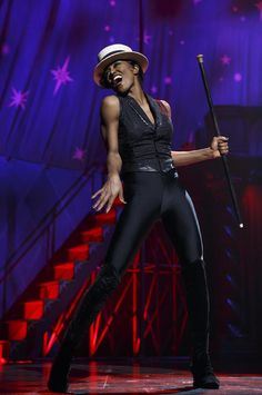 RAZZLE-DAZZLE REINVENTION: Patina Miller  as Leading Player in 'Pippin'. Photo: Joan Marcus