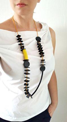Largo declaración collar cuero collar collar moderno caucho