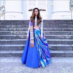 How about reusing an old saree from your mums closet and wearing it as a lehenga dupatta? it is affordable, chic and looks super stylish. Lehenga Dupatta, Lehenga Saree Design, Lehnga Dress, Lehenga Designs, Saree Blouse Designs, Blue Lehenga, Dress Designs, Anarkali, Saree Wearing Styles
