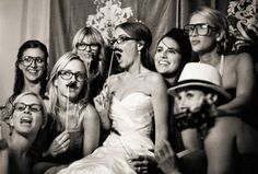 gimmick wedding photo expression