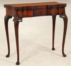QUEEN ANNE STYLE BURL WALNUT GAMES TABLE