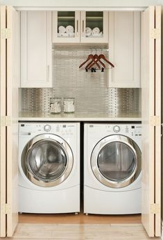 Love this little laundry room