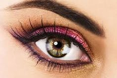 Pink eyeshadow to bring out the green in hazel eyes. I love the touch of gold on the inner eye.
