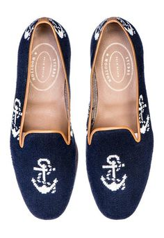 New for Spring! Our Anclas slipper features a Navy Anchor Patterned Needlepoint Upper with a Natural Leather Trim. Navy Anchor, Women's Espadrilles, Blue Pumps, Ladies Slips, Navy Women, Shoe Box, Womens Slippers, Natural Leather, Leather Heels