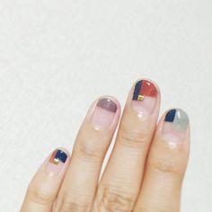 Love this block design on the nails Love Nails, How To Do Nails, Pretty Nails, My Nails, Fall Nail Designs, Acrylic Nail Designs, Nail Manicure, Nail Polish, Nail Arts