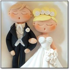wedding couple with long hair Polymer Clay People, Polymer Clay Figures, Fimo Clay, Wedding Art, Wedding Couples, Fondant Bow, Fondant Flowers, Fondant Cakes, Fondant Figures Tutorial