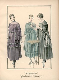 [De Gracieuse] No. 1. Toilet van amethystkleurig Engelsch fluweel met een tuniek van zijden voile, gegarneerd met chinchillabont. No. 2. Japon van ingehaalde voile. No. 3. Huistoilet van muizenkleurige charmeuse met een mantelet van applicatiekant, omrand door skunks (January 1917)