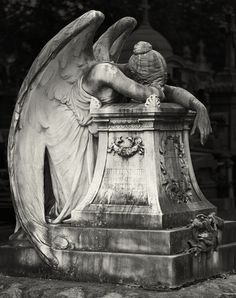 The themes inside A Basic need connected with Bronze sculpture blossomed aimlessly, tossed out of Cemetery Angels, Cemetery Statues, Cemetery Art, Angel Statues, Angel Sculpture, Sculpture Art, Clay Sculptures, Pottery Sculpture, Bronze Sculpture