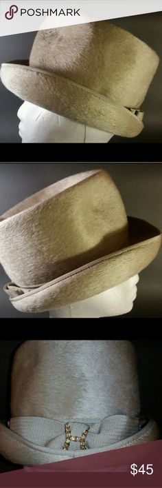 0c429dad41e Very nice hat for the fall weather. Size 22. Made in Italy. Helios  Accessories Hats