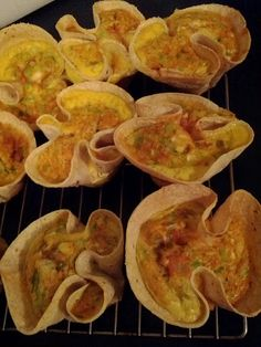 Got these fresh out of the oven – a nice mix of egg and diced vegetables in a gluten free hand-made corn tortilla. They're bite sized so I'd suggest if you're hungry best to go for two. I'm rating this based on a bite sized snack, as a meal it might come up a bit short. Comes without cheese keeping it dairy-free, but you can add it if you want.    Contains: Egg, Dairy (optional)    Gene's Rating: 4/5  #vegetarian #nom #food #yum #thehungryveg