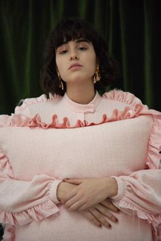 Mother of Pearl. The inspiration for my pillow paintings Aw17, Creative Director, Ruffle Blouse, Menswear, Sporty, Pearls, Knitting, Floral, Instagram Posts