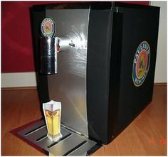 Meer foto's Beertender in thema surprises Valentine Box, Popcorn Maker, Cool Kids, Best Gifts, December, About Me Blog, Creative, Sushi, Amanda