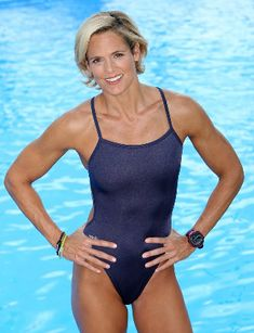 A picture of Dara Torres. This site is a community effort to recognize the hard work of female athletes, fitness models, and bodybuilders. Female Swimmers, Female Athletes, Sexy Older Women, Fit Women, Olympic Swimmers, Fit Over 40, Beautiful Athletes, Sporty Girls, Sport Motivation