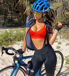 Beautiful Girls on Bikes Bicycle Women, Road Bike Women, Bicycle Girl, Monster Energy Girls, Female Cyclist, Cycling Girls, Cycle Chic, Bike Style, Sporty Girls