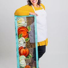 """""""I never met a pumpkin i didn't like. I'm excited about this season coming up soon! What is your favorite to do . must do in the coming fall? Vintage Market Days, King Painting, T Art, Fall Family, A Pumpkin, Photo Credit, Rustic Decor, Seasons, Photo And Video"""