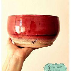 Ensaladera Rubi!!!! 😍😍😍 Pasamos el precio por privado!!! 😊🍶 #ceramica #alfareria #pottery #torno #torneada #rubi #ensaladera #ensaladeras #cuenco #cuencos #deco #decoracion #decohome #decohogar #decokitchen #decococina #sofipocetticeramica