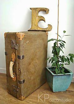 d4e5cdf2e Maletas antiguas de tela ** Old Luggage Tiendas Vintage Online, Objetos  Vintage, Consejos