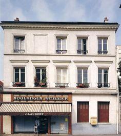 Ancienne maison communale de Bagnolet  Adresse : Bagnolet, France  Datation XVIIIe siècle    Cette demeure a servi de maison communale avant l'actuelle mairie. En 1789, quand s'organisent les premières élections,