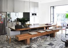 love this kitchen! great for gathering around delicious food...  Heidi Middleton Palm Beach  | BY Natalie Joos | Est Magazine
