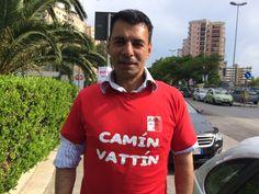 """SANDRO TOVALIERI """"IL COBRA"""" - Le T-shirt """"Camìn Vattìn"""" sono in vendita presso il negozio BIDONVILLE Via Melo 224 a Bari - tel. 080-9905699 (consegna in tutta Italia e all'Estero con spedizione postale)"""