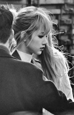 BLACKPINK 블랙핑크 Lisa ❤ one of the best shot of her