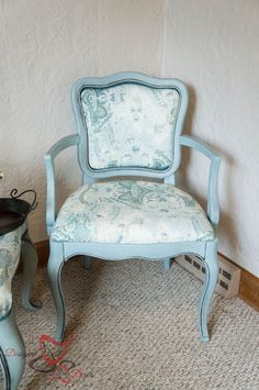How to Upholster Chairs - 4 easy steps-after