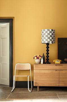 Little Greene Paint - Yellow walls with Black coloured skirting boards Coloured Skirting Boards, Wall Paint Combination, Yellow Hallway, Bedroom Yellow, Bedroom Black, Yellow Walls Living Room, Black Hallway, Mustard Walls, Mustard Yellow Decor