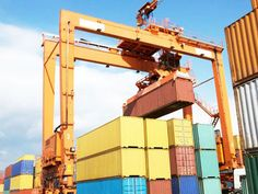 Quay gantry crane has reasonable design, simple structure and reliable performance. Welcome to contact us for a free quote anytime. Cranes For Sale, Gantry Crane, Golden Gate Bridge, High Quality Images, Design, Awesome, Design Comics