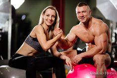 """A po ciężkim treningu z żoną """"sztama""""  #sesjafitness #zdejciafitness #fitness #silownia"""