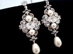 Pearl bridal earrings, Crystal wedding earrings, vintage style earrings, pearl earrings, bridesmaid jewelry, Swarovski crystal earrings