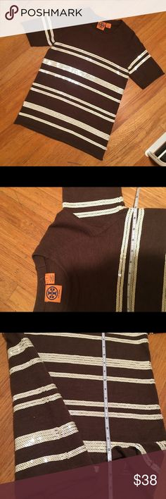 Tory Burch Wool Sparkly Sweater No stains, tears or pulling. Please note than some sparkles are falling off. Wool material. Make an offer! Tory Burch Sweaters
