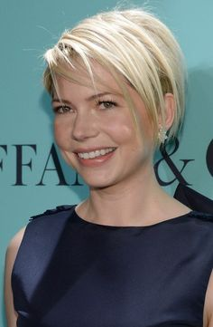 Michelle Williams short edgy bob