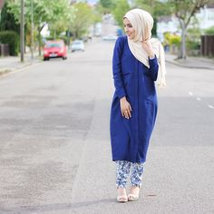 Head to toe in @inayahc Cream maxi Jersey hijab Royal blue shirt Blue leaf tapered trousers www.inayahcollection.com #inayah