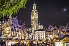 The Antwerp Christmas Market guarantees a unique experience with medieval buildings, contemporary fun, traditional food and soul-warming mulled wine. Brussels Christmas, Hotel Comparison, Interactive Walls, Ancient Buildings, Throughout The World, Winter Fun, Empire State Building, Belgium, La La Land