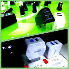 EU Netzteil mit 3x USB und 2x USB - bitte teilt uns eure Erfahrungen mit, sofern wir diese bei euch gratis beigelegt haben.