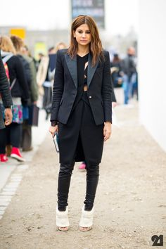 Christine Centenera, beautiful style! #fashiolista