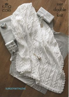 Hey, I found this really awesome Etsy listing at https://www.etsy.com/listing/212714989/pdf-knitting-pattern-baby-shawl