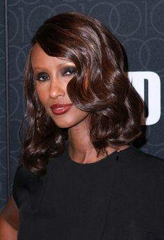 Top+10+Celebrity+Shoulder-Length+Hairstyles+of+2010