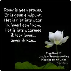 Rouw is geen proces. er is geen eindpunt, Linda Forever 28. Missing Loved Ones, Dutch Quotes, Grief, First Love, Heaven, Mindfulness, Memories, Words, All Saints Day