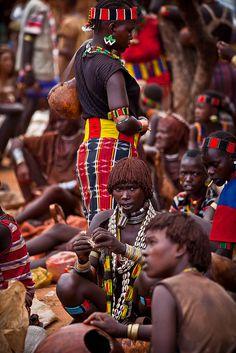 Hamer tribe girls at the market of Key Afer - Ethiopia