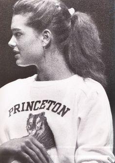 Brooke at Princeton Aurélie Bidermann Richard Avedon, Brooke Shields Young, Private School Girl, Jean Calvin Klein, Super Rich Kids, Aurelie Bidermann, Preppy Girl, Trust Fund, Old Money