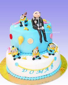 Gru minions cake
