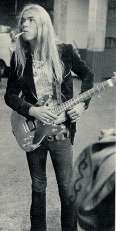 Gregg Allman - what's wrong with this picture? :--)