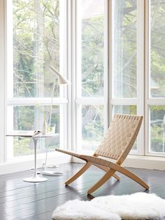//  Doesn't go with space, but I like it //   oringinal: Cuba Lounge Chair | Morten Gøttler for Carl Hansen & Son