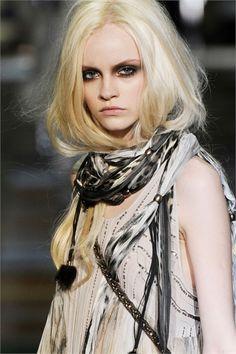 Ginta Lapina makeup hair