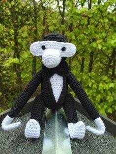 Måtte lige lynhurtigt fremtrylle denne abe i jakkesæt og butterfly til min kære nevø som skal konfirmeres i morgen. Jeg syntes den er blevet...