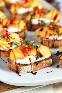 Quick and easy, Honey Ricotta Peach Crostini with Crispy Pancetta recipe is the perfect party appetizer for every occasion. Fantastic for bridal and baby showers or just a summer party.   @suburbansoapbox