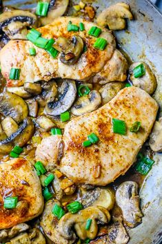 How to make MOIST pork chops thick or thin. Easy One Pot Garlic Butter Pork Chops and Mushrooms Recipe - Sweet Cs Designs Easy Pork Chop Recipes, Oven Recipes, Pork Recipes, Easy Dinner Recipes, Easy Meals, Keto Recipes, Delicious Recipes, Healthy Pork Chops, Thin Pork Chops